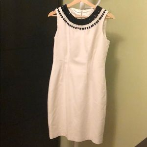T Tahari sheath sleeveless white dress Size 4